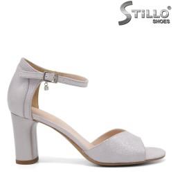 Дамски сандали със затворена пета- 32664