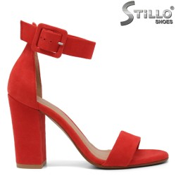 Велурени сандали в червено - 32671