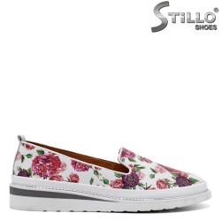 Цветни пролетни обувки от естествена кожа - 32696
