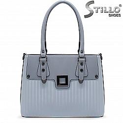 Дамска чанта в светлосиньо -36450