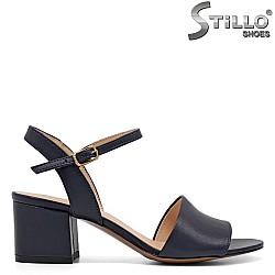 Сини сандали на среден ток - 32728