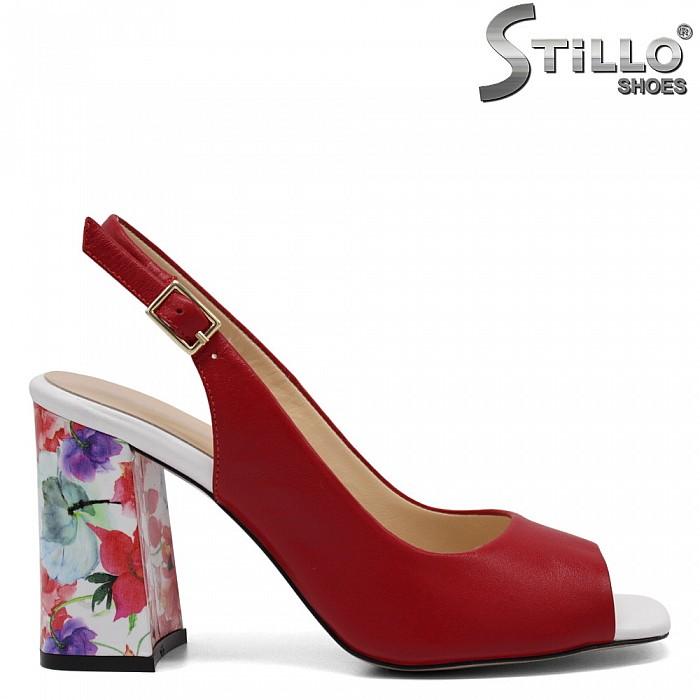 Стилни дамски сандали от естествена кожа - 32749