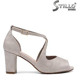 Дамски сандали с каишка - 32762