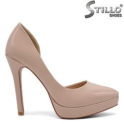 Дамски асиметрични обувки на висок ток - 32811