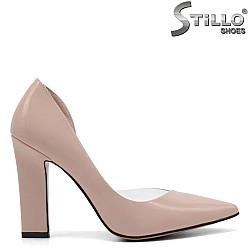 Розови асиметрични дамски обувки - 32842