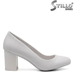 Булчински обувки на среден ток - 32846