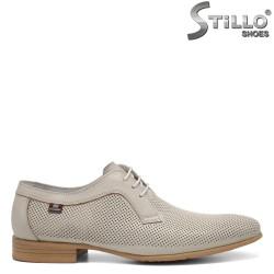 Летни мъжки обувки с перфорация - 32936