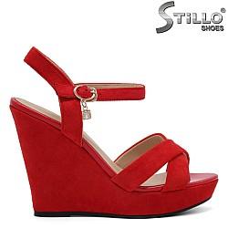 Червени дамски сандали на платформа - 32939