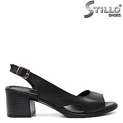 Асиметрични дамски сандали от естествена кожа - 32961