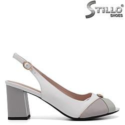 Дамски сандали на среден ток - 32982
