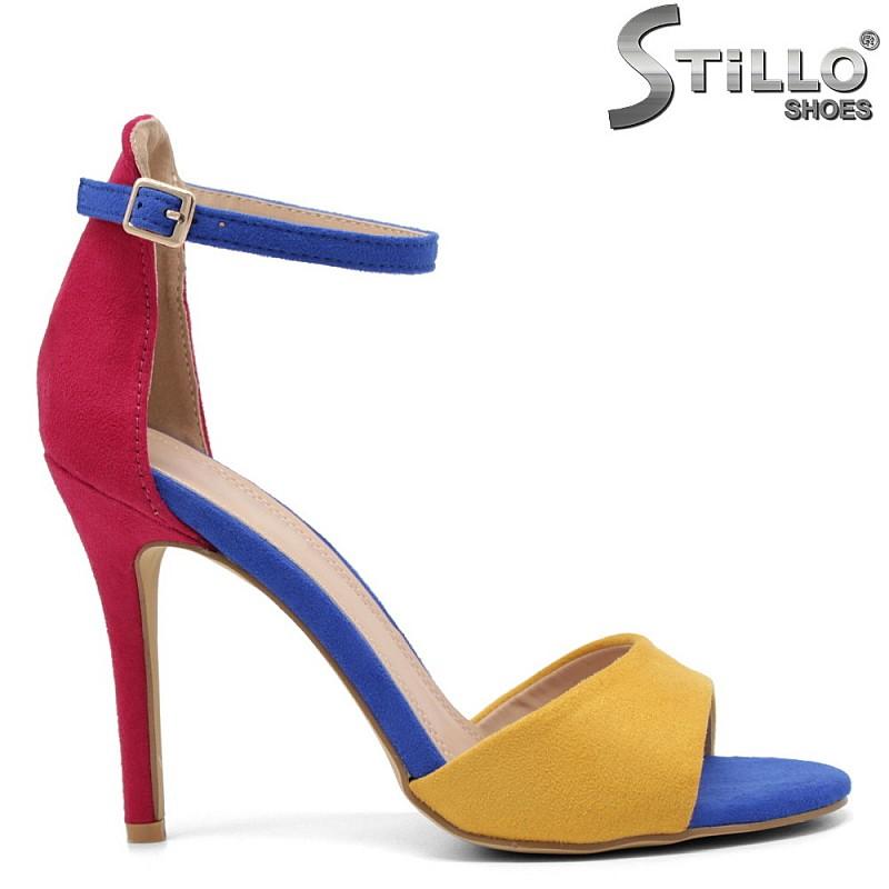 Цветни сандали на ток - 32990