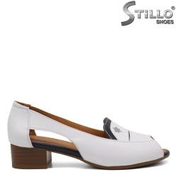 Летни дамски обувки на нисък ток - 33013
