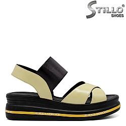 Дамски ежедневни сандали на платформа - 33022