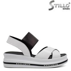 Ежедневни сандали с платформа - 33023