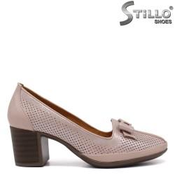 Обувки на ток с перфорация - 33024