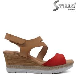 Червени дамски сандали на платформа - 33051