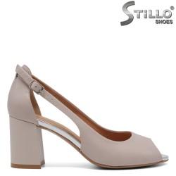 Дамски обувки с отворени пръсти на ток - 33057