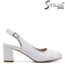 Дамски обувки с отворена пета - 33068