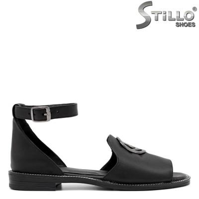 Дамски равни сандали със затворена пета - 33069