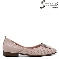 Дамски пантофи в розово от естествена кожа - 33080