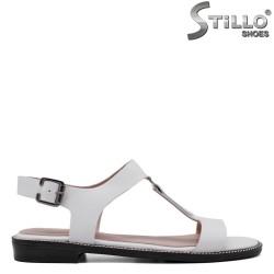 Бели сандали от естетвена кожа - 33087