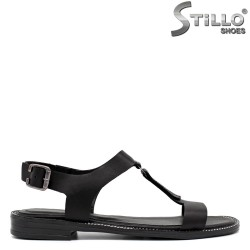 Кожени сандали на нисък ток - 33088