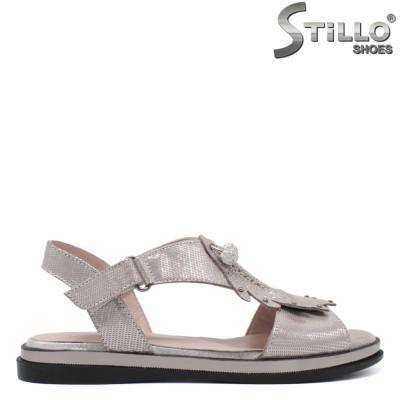 Сребърни сандали на равна подметка - 33109