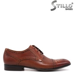 Кафяви мъжки обувки с швейцарска перфорация - 33142