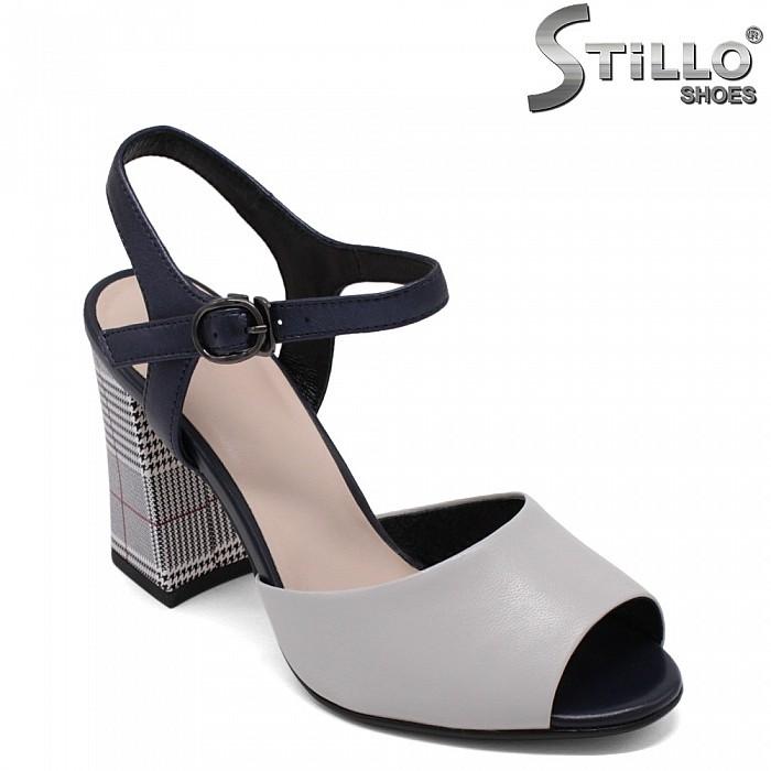 Дамски сандали от естествена кожа с ток пепит - 33145
