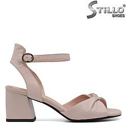 Дамски сандали в розово - 33146