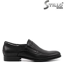 Мъжки перфорирани обувки от естествена кожа - 33155