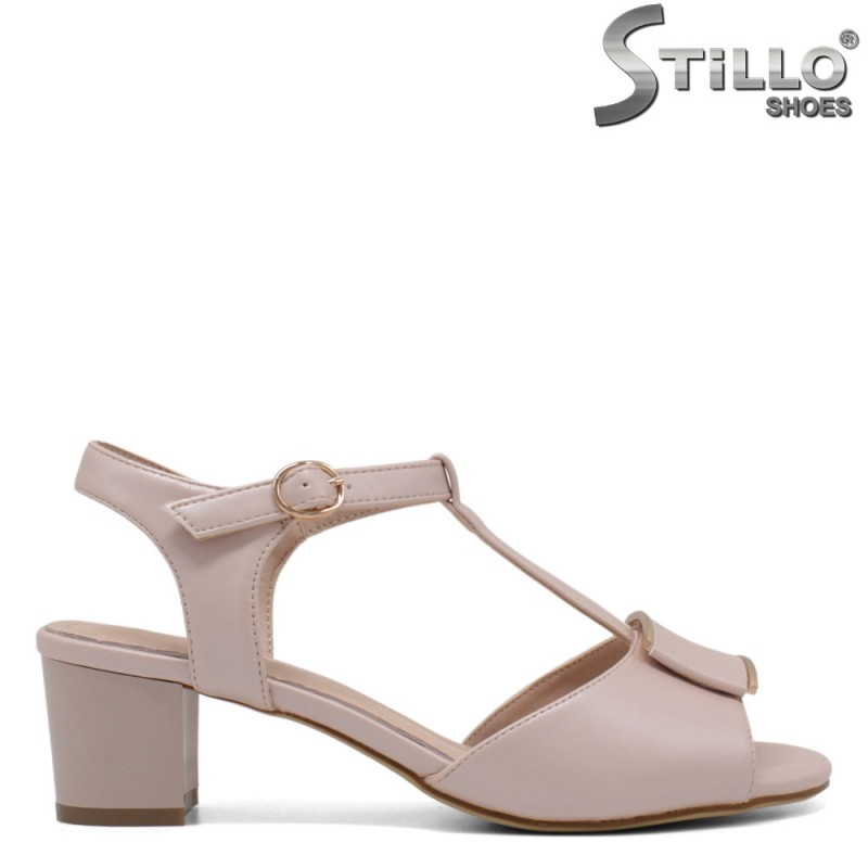 Розови дамски сандали с плочка - 33200