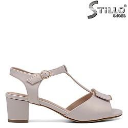 Бежови дамски сандали - 33201