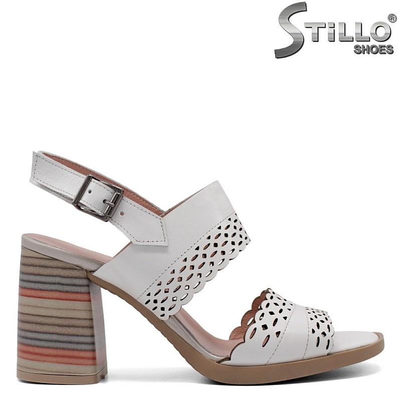 Бели сандали от естествена кожа - 33210