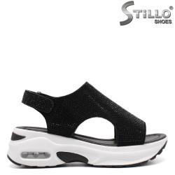 Спортни сандали на платформа с камъчета - 33225