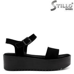 Ежедневни сандали на платформа - 33264