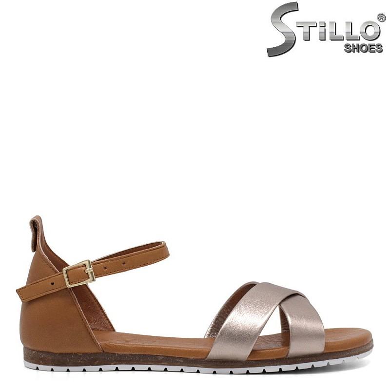 Дамски сандали в кафяво и платинено - 33207