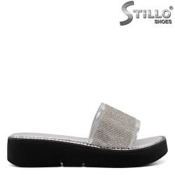 Сребърни чехли на платформа - 33236