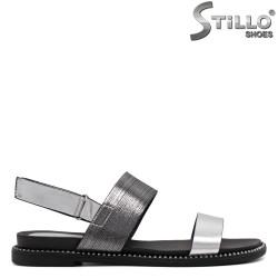 Сребристи сандали с лепка - 33238