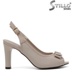 Бежови сандали на висок ток - 33250