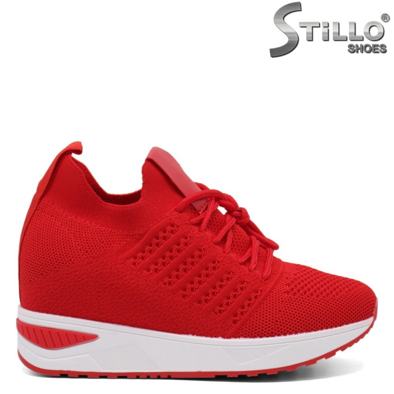 Червени дамски маратонки - 33310
