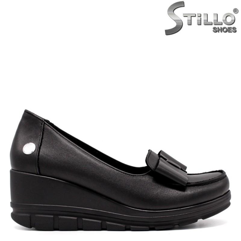 Дамски обувки естествена кожа на платформа - 33349