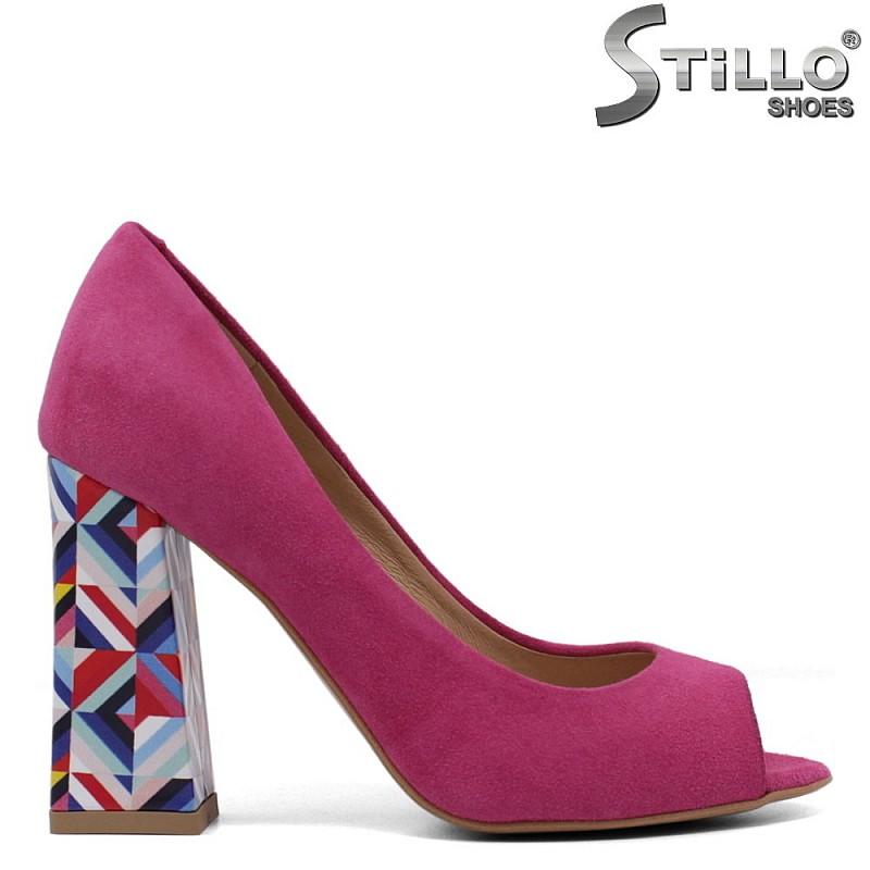 Цикламени велурени обувки на висок ток - 33355