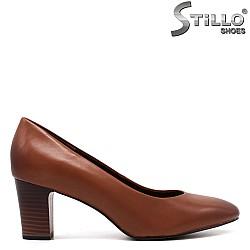 Дамски обувки Tamaris на среден ток - 33377