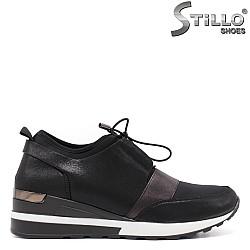 Спортни черни обувки с връзки - 33380