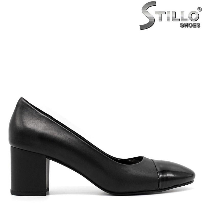 Остри обувки черна кожа - 32384