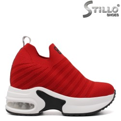 Червени дамски спортни обувки - 33414