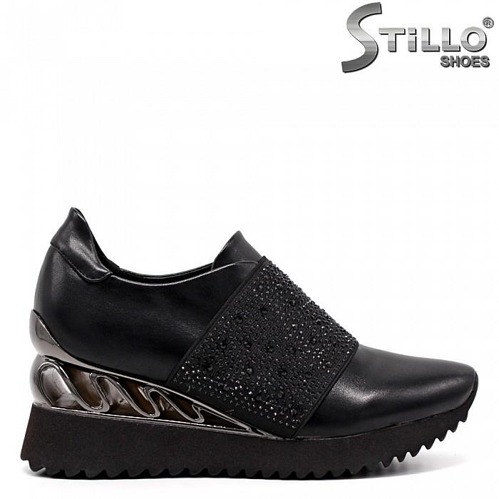 Спортно-елегантни обувки на платформа - 33458