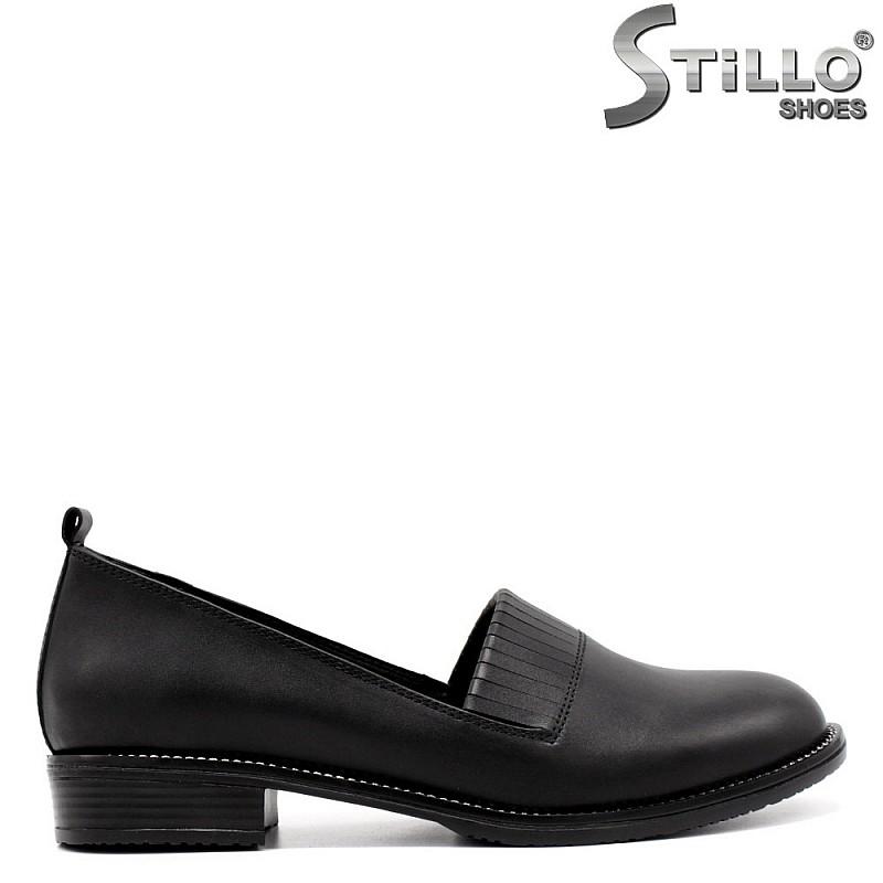 Дамски ежедневни черни обувки с ресни - 33462