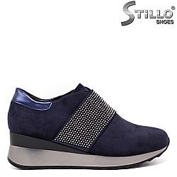 Сини велурени спортни обувки - 33518